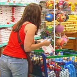 Preço da cesta básica recua em Salvador e 16 capitais, diz Dieese