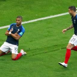 Copa: França vence em jogo de sete gols e Argentina está fora