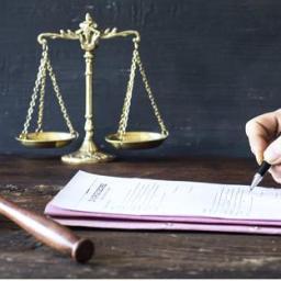 Novos cursos pelo país: MEC autoriza abertura de mais de 1.700 vagas em Direito