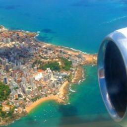 Verão aquece economia baiana e gera 4 mil voos extras