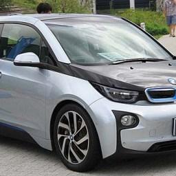 Dirigindo sem gasolina: como funciona um carro elétrico