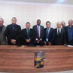 Câmara Municipal de Gandu empossa nova Mesa Diretora