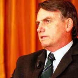'Não é justo atingir o garoto para me atingir', diz Bolsonaro