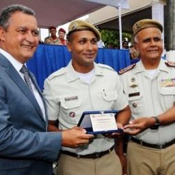 Cerimônia forma 2.801 soldados da Polícia Militar e Corpo de Bombeiros
