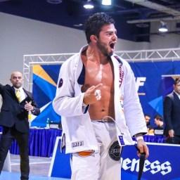 Vídeo: veja como é a preparação física do faixa-preta Horlando Monteiro para o Jiu-Jitsu