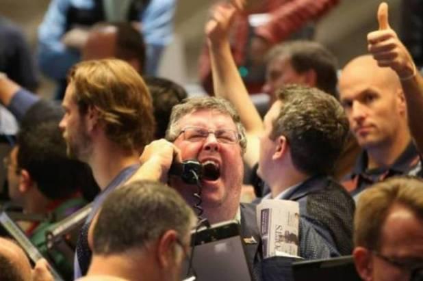 Bolsa-fecha-acima-de-99-mil-pontos-pela-primeira-vez-1 Bolsa fecha acima de 99 mil pontos pela primeira vez