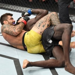 Sétima seguida! Elizeu Capoeira finaliza no primeiro round no UFC Wichita