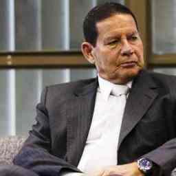 Mourão minimiza fala de Bolsonaro: 'Foi mal interpretado'