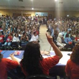 Professores da Uneb e Uesb entram em greve por tempo indeterminado