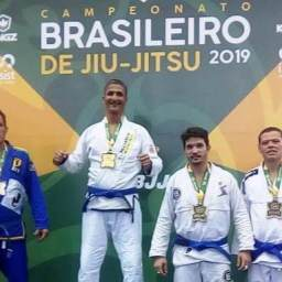 Atleta ganduense conquista o ouro no Campeonato Brasileiro de Jiu-jitsu