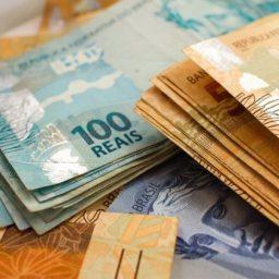 Prefeito é acionado por desvio de R$ 2 milhões da Educação
