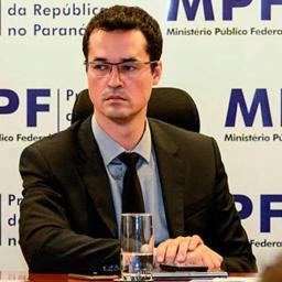 "Procuradores reagem a ""ataque criminoso à Lava Jato"""