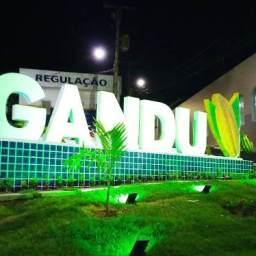 Gandu ganha novo cartão-postal com o nome da cidade feito em concreto