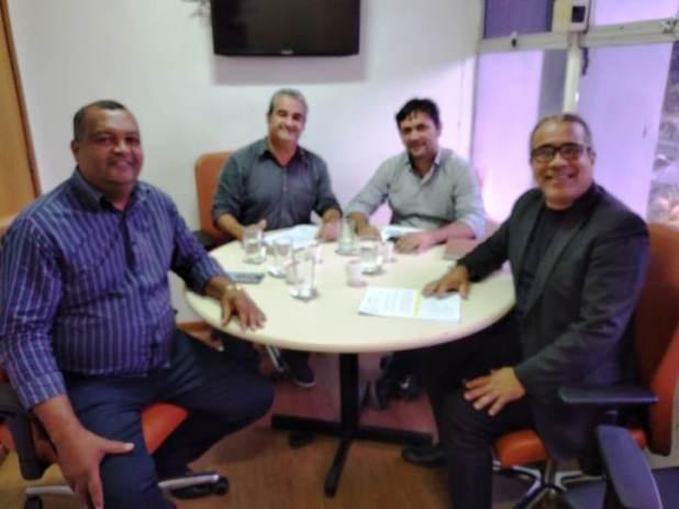 Prefeito-de-Pira%C3%AD-do-Norte-se-re%C3%BAne-com-diretor-geral-da-CAR Prefeito de Piraí do Norte se reúne com diretor-geral da CAR