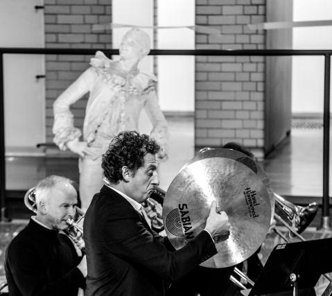 Yanush Greliak (trombone), Christophe Barhi (Cymbale). Crédit photo : Didier PERON
