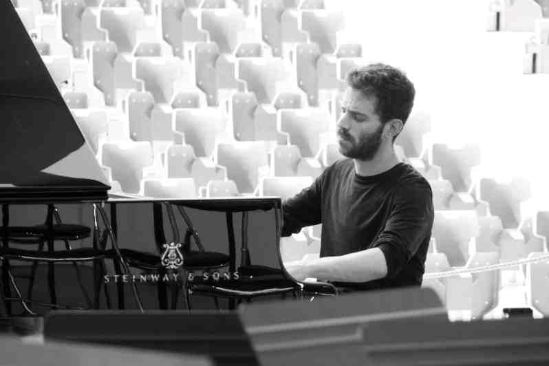 Adam Laloum. Essai du piano. Festival de la Roque d'Anthéron 2019.