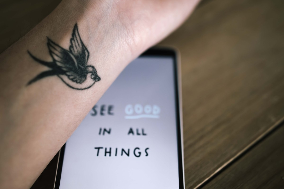 La signification de mon tatouage hirondelle