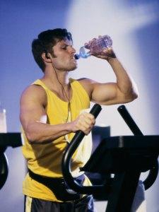 beba-água-gelada