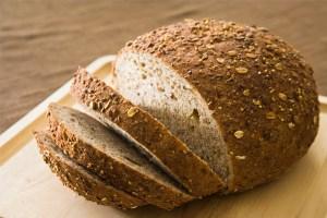 pão-integral-Melhores-alimentos-para-o-pré treino