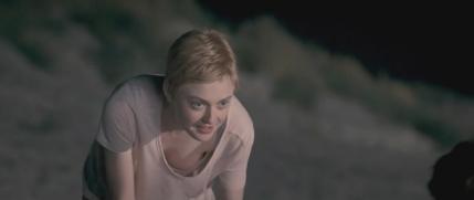 英語版の『となりのトトロ』で、主人公の草壁サツキ役の声優を務めたダコタ・ファニング(Hannah Dakota Fanning)。