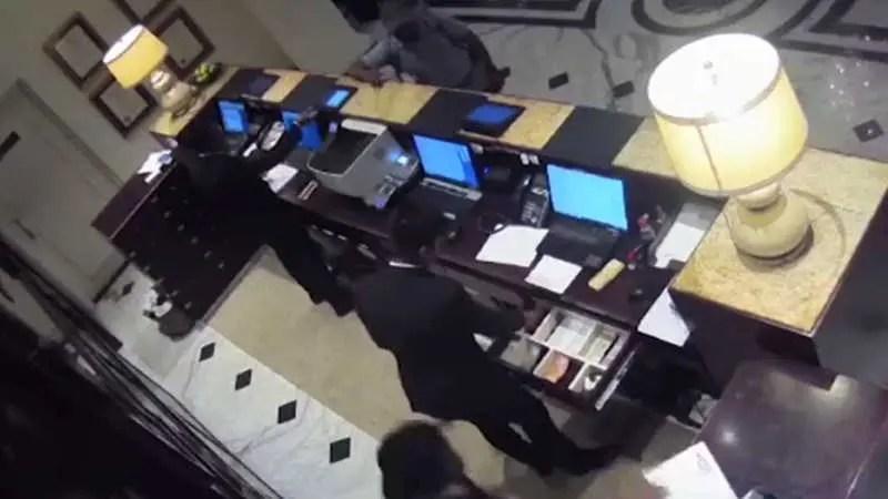 スリランカの連続爆破テロ事件の1つ、ホテルを爆破された瞬間の衝撃映像。
