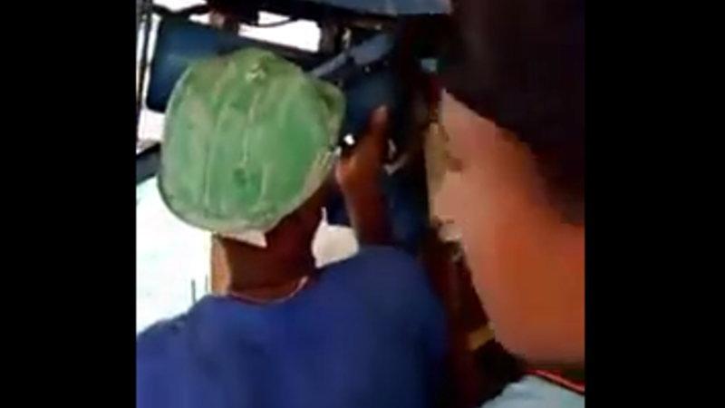 【閲覧注意】 ブラジルの作業現場で作業員の手がグラインダーに挟まれました。