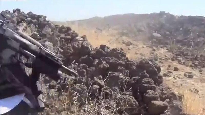 【閲覧注意】 戦場では日常なんだろうね。 敵兵を殺害していく兵士達。