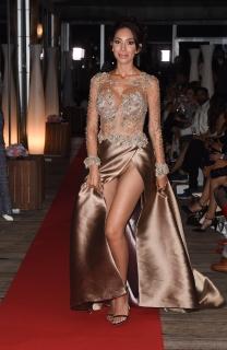 セクシードレスの隙間からパイパンが分かるファラ・アブラハム(Farrah Abraham)が最高!