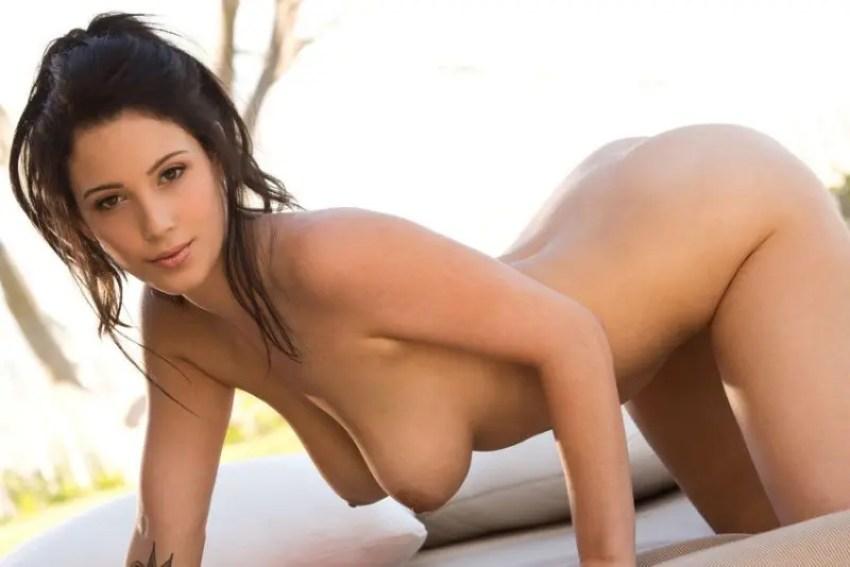 乳は乳でも巨乳じゃ! 巨乳を持つフェロモンたっぷりの外国人女性達です。