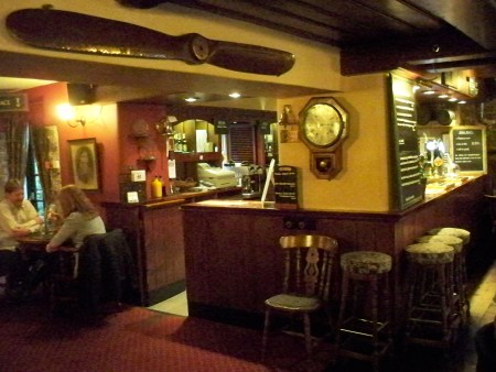 Chequers lounge