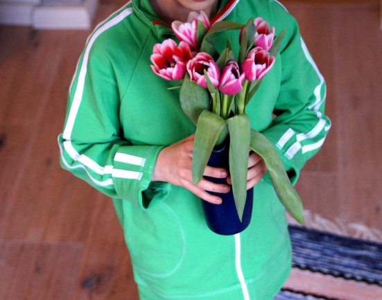 Farbenfrohe Kindermode von me&i. Interview mit einer Beraterin und Tipps, wie man die schwedische Kindermode erhält.
