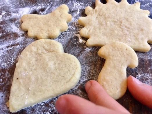 Plätzchenrezept aus Schweden: Mandelplätzchen Teig muss nicht kühlstehen.