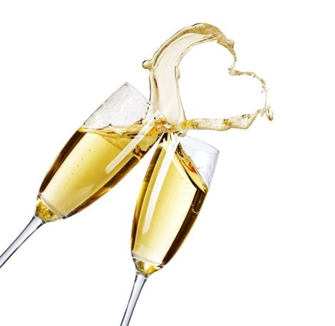 Image of two champagne glasses