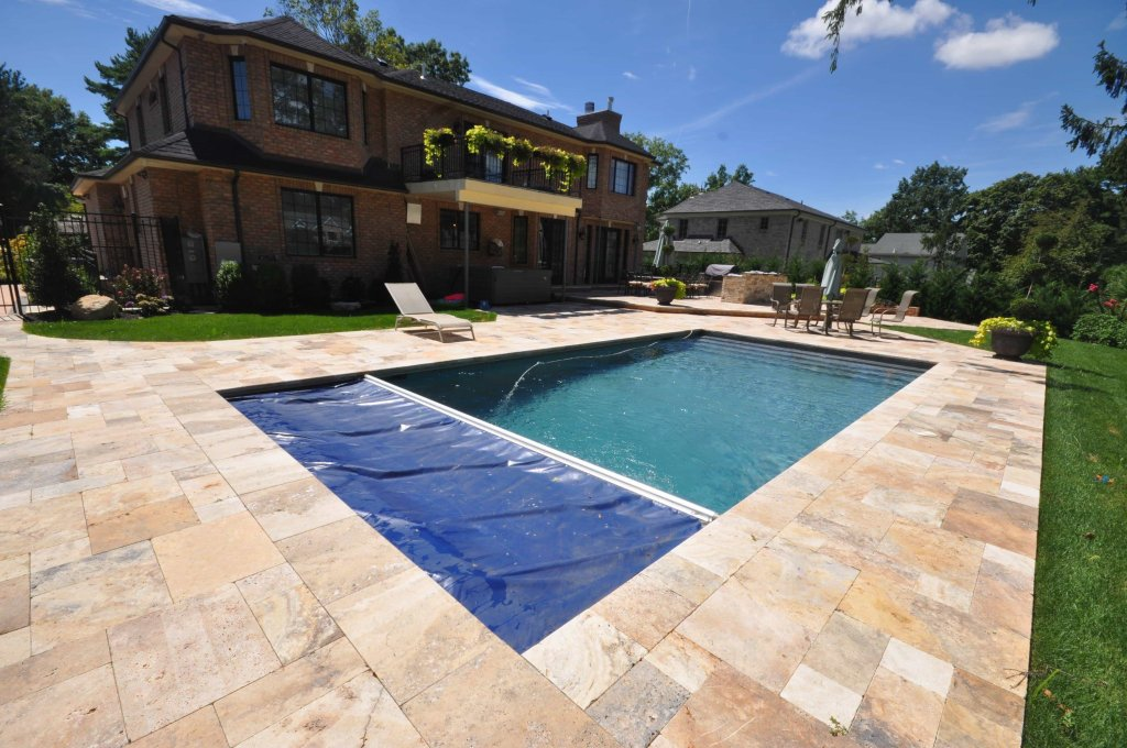 Gunite pool Company for Roslyn heights Ny 11755