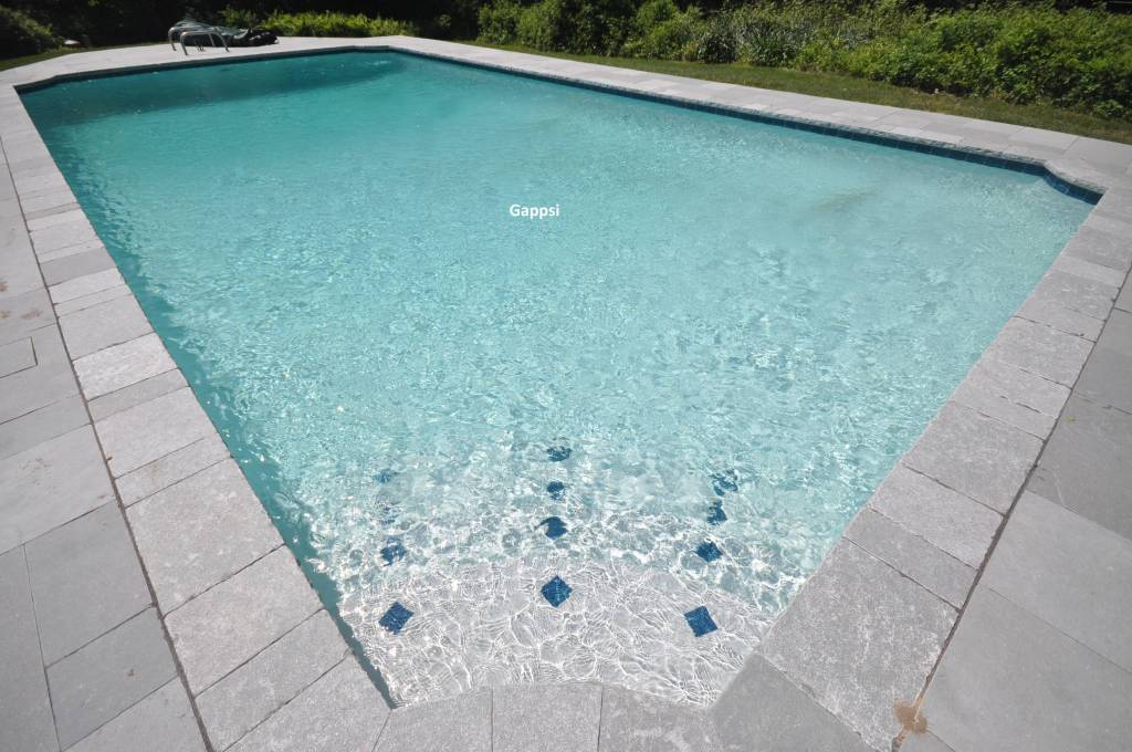 tile markers in pool steps - Gappsi