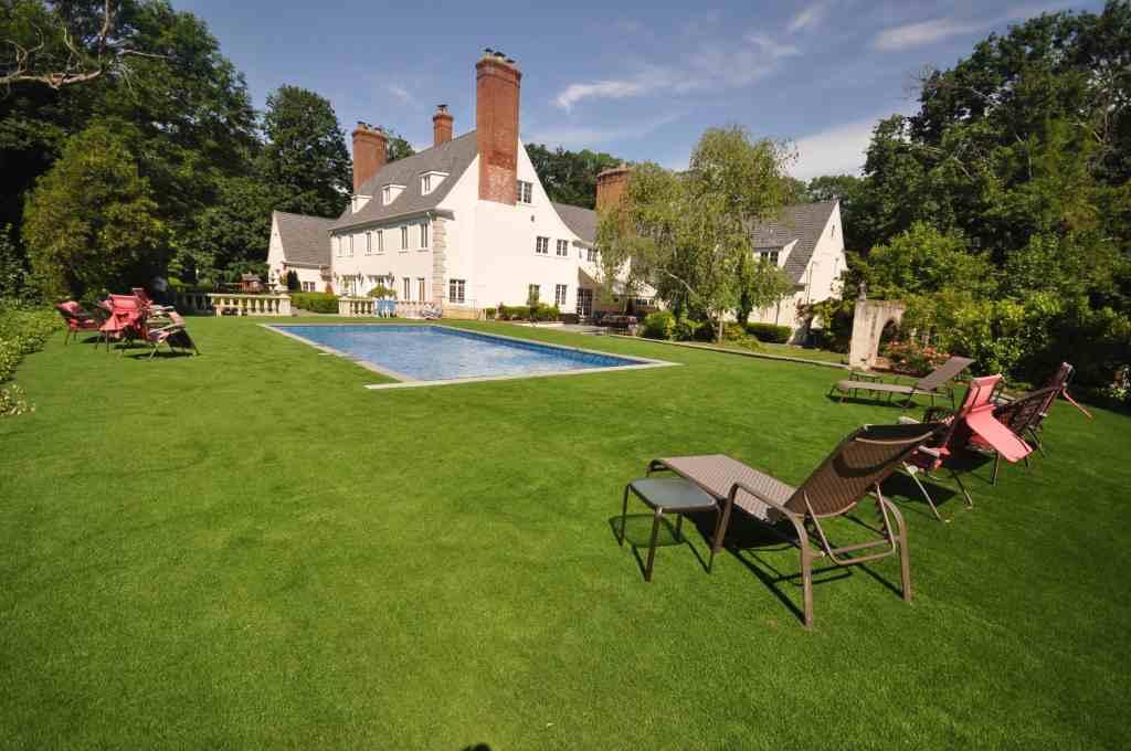 Oldwestbury pool companies