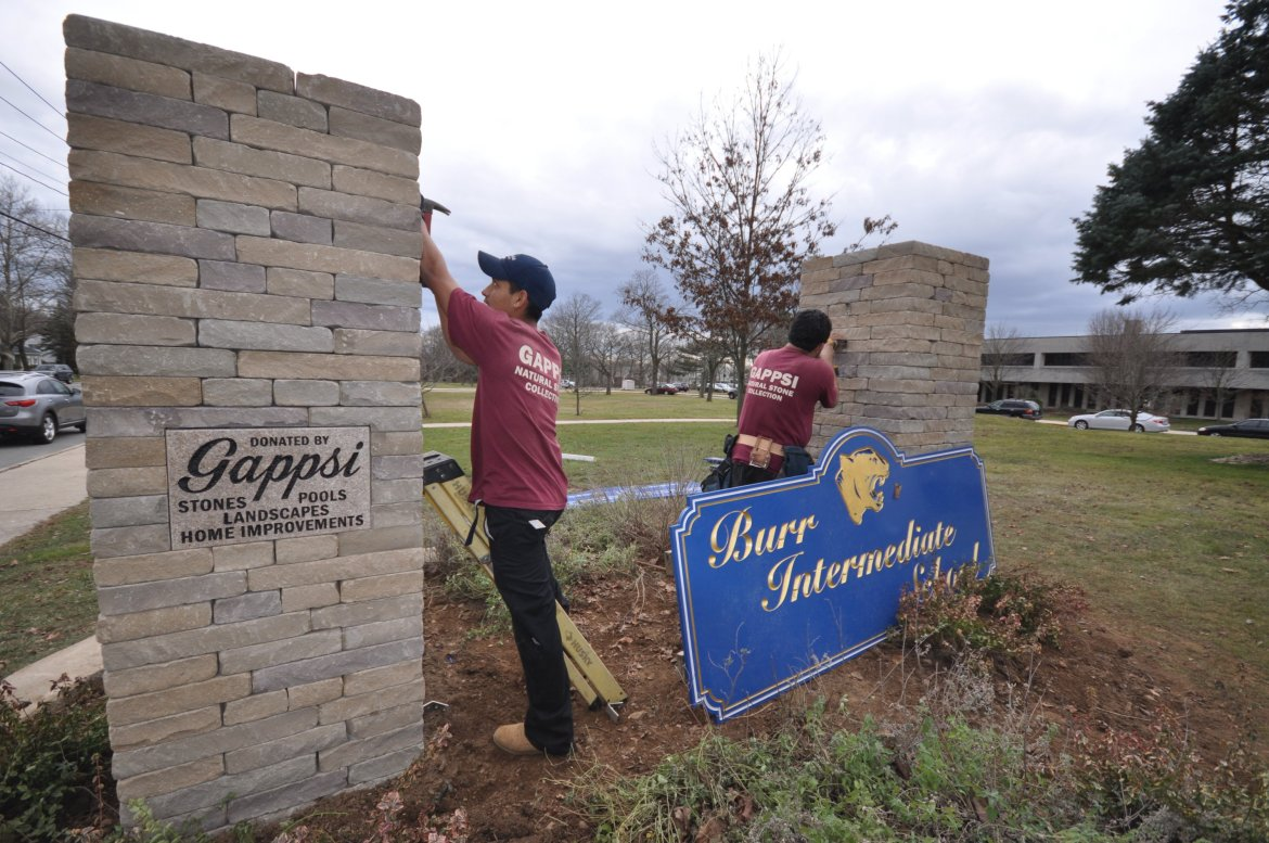 Commack Burr Intermediate School sign donated by Gappsi (2)