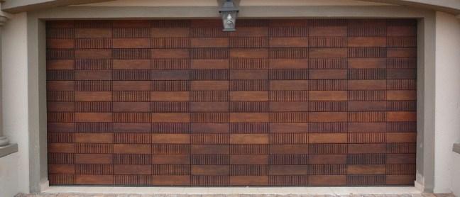 Domino double Wooden Garage Door