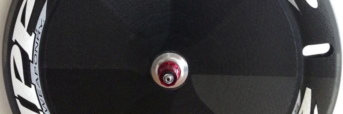 リアホイールのディスク化「ZIPP Sub-9 Disc Tubular(998g)」