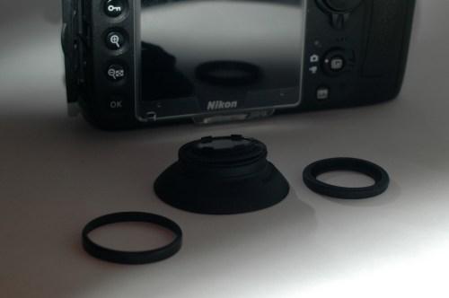 Nikon D800の接眼目当てを「Nikon DK-19」交換装着
