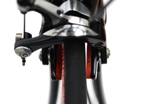 自転車のブレーキシューから異音、トー調整「Shimano DURA-ACE(シマノ デュラエース)BR-9000」