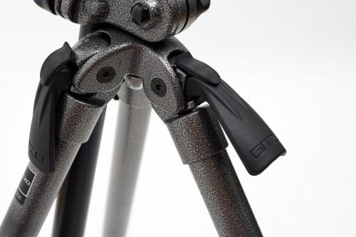マクロ・物撮りに最適な「GITZO エクスプローラーアルミニウム三脚 G2220」
