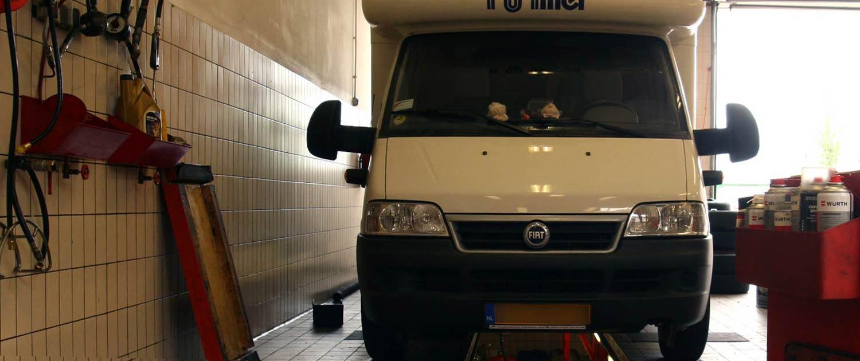 Garage Paltrok Zaandam Camper smeerput