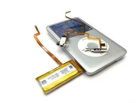 iPod Classic 修理受付中!!
