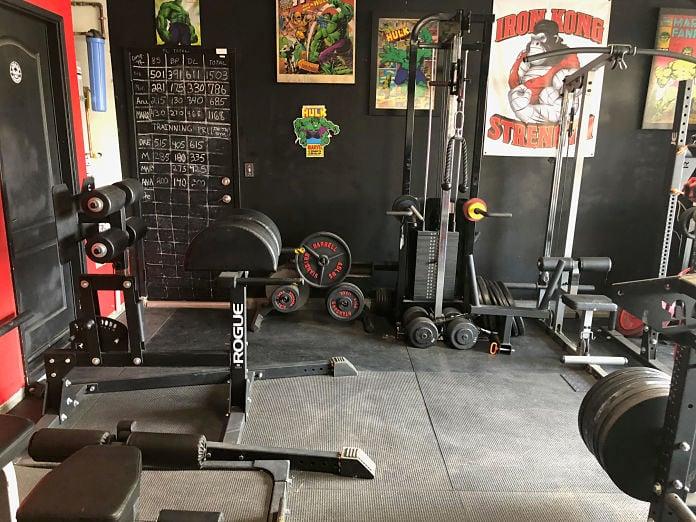 Castro Pain Cave 5 Garage Gym Lab