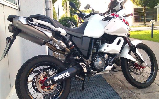 Akrapovic Endschalldämpfer für Yamaha XT660Z