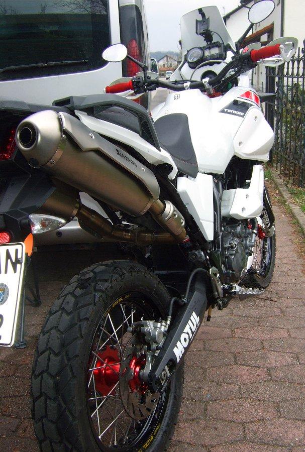 Yamaha XT660Z Tenere stark umgebaut