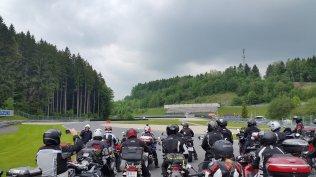 Motorrad Fahrsicherheitstraining Salzburgring Instruktion Fahrerlagerschikane