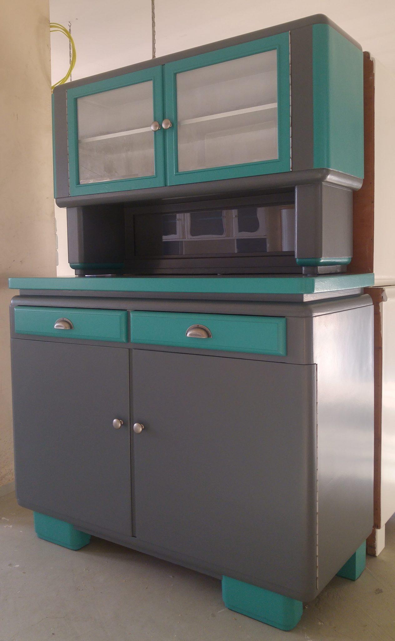 Möbel der 50er Jahre - Garagenmoebel Küchenbuffet, alte KüchenschränkeGaragenmoebel Küchenbuffet