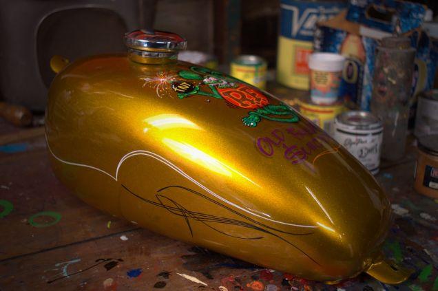 Bobber Tank